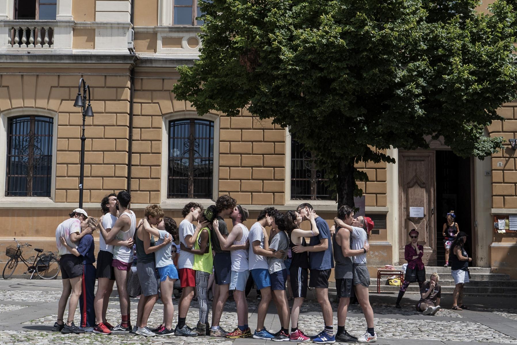 Calderoni & Caleo, KISS, Santarcangelo Festival 2019 © Claudia Borgia, Chiara Bruschini